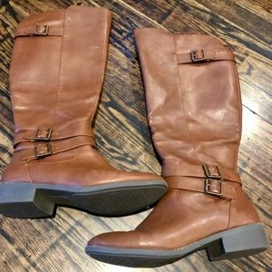 American Eagle knee high boots!